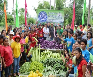 SEASON LONG HANDS-ON VEGETABLES TRAINING IN BARANGAY LAYONG MABILOG MARAGONDON CAVITE